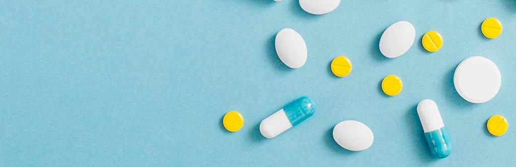 Analgésico, anti-inflamatório e antibiótico: entenda as diferenças entre cada medicamento