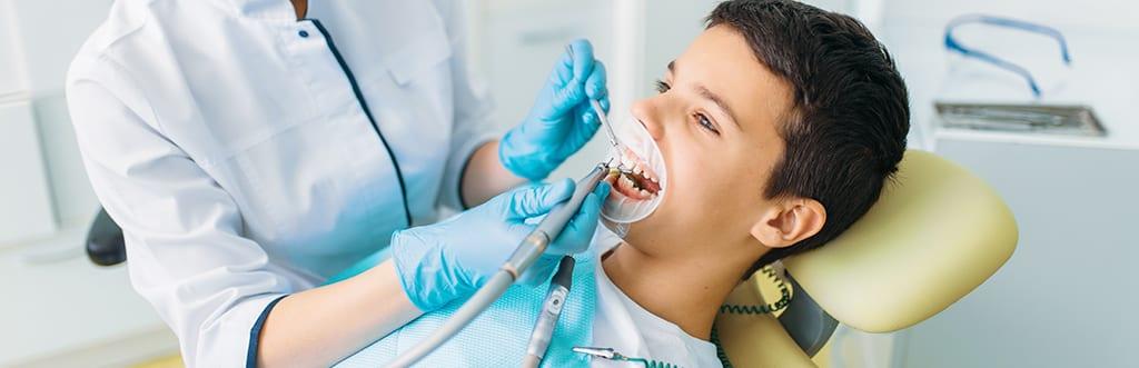 Saiba como encontrar os dentistas baratos mais próximos de você